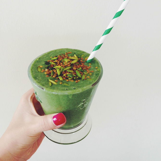 Secret_Squirrel_Food_Super_Green_Smoothie_Blog