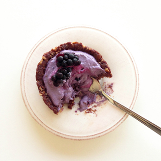 Secret_Squirrel_Food_Blackberry_Tarts_Dubai_Blogv4